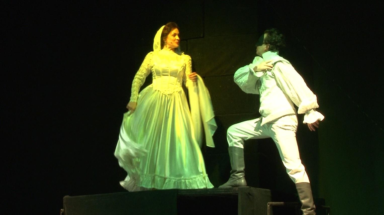 «Хто зрікся всього, а себе не зрікся, не любить той», – «ЛесЯ Українка» прем'єра притчі у Черкаському театрі Шевченка