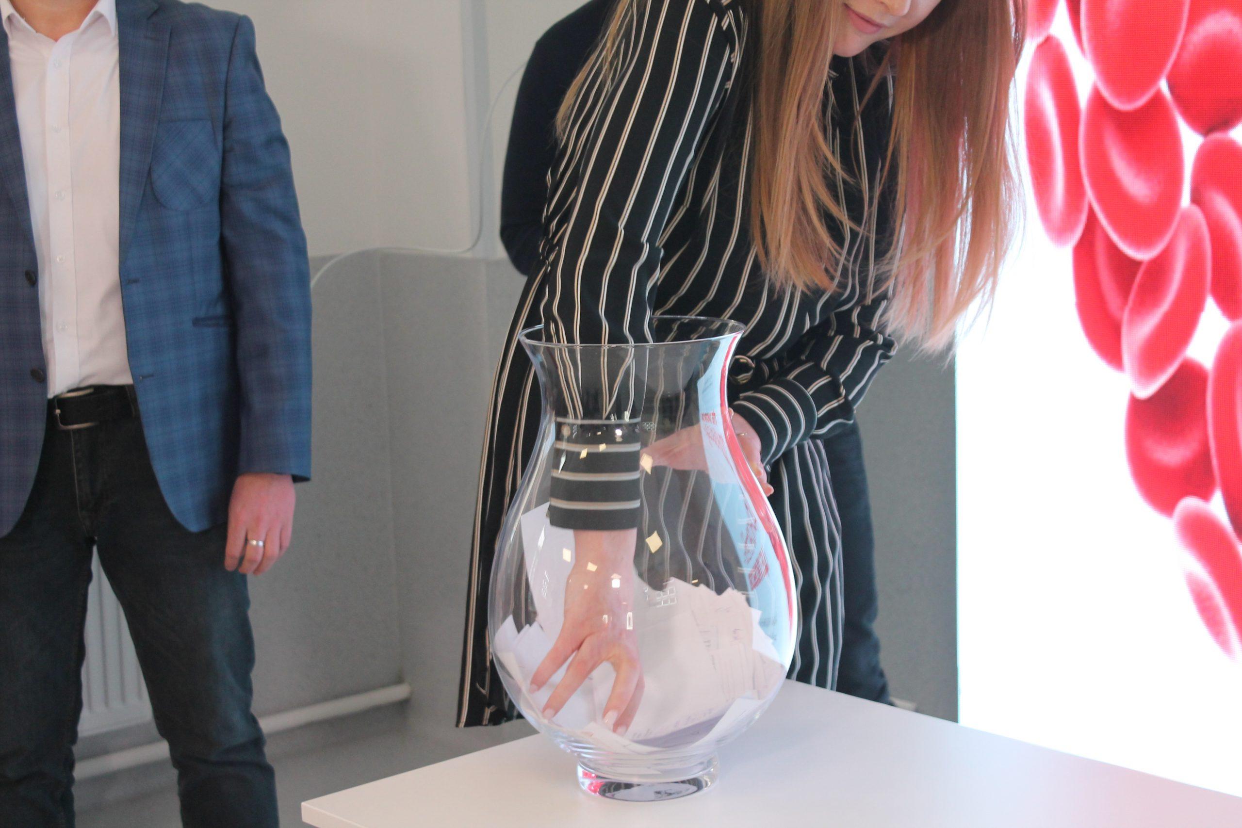 У Черкасах відбувся розіграш подарунків для донорів від «Biopharma Plasma Черкаси» (ФОТОРЕПОРТАЖ)