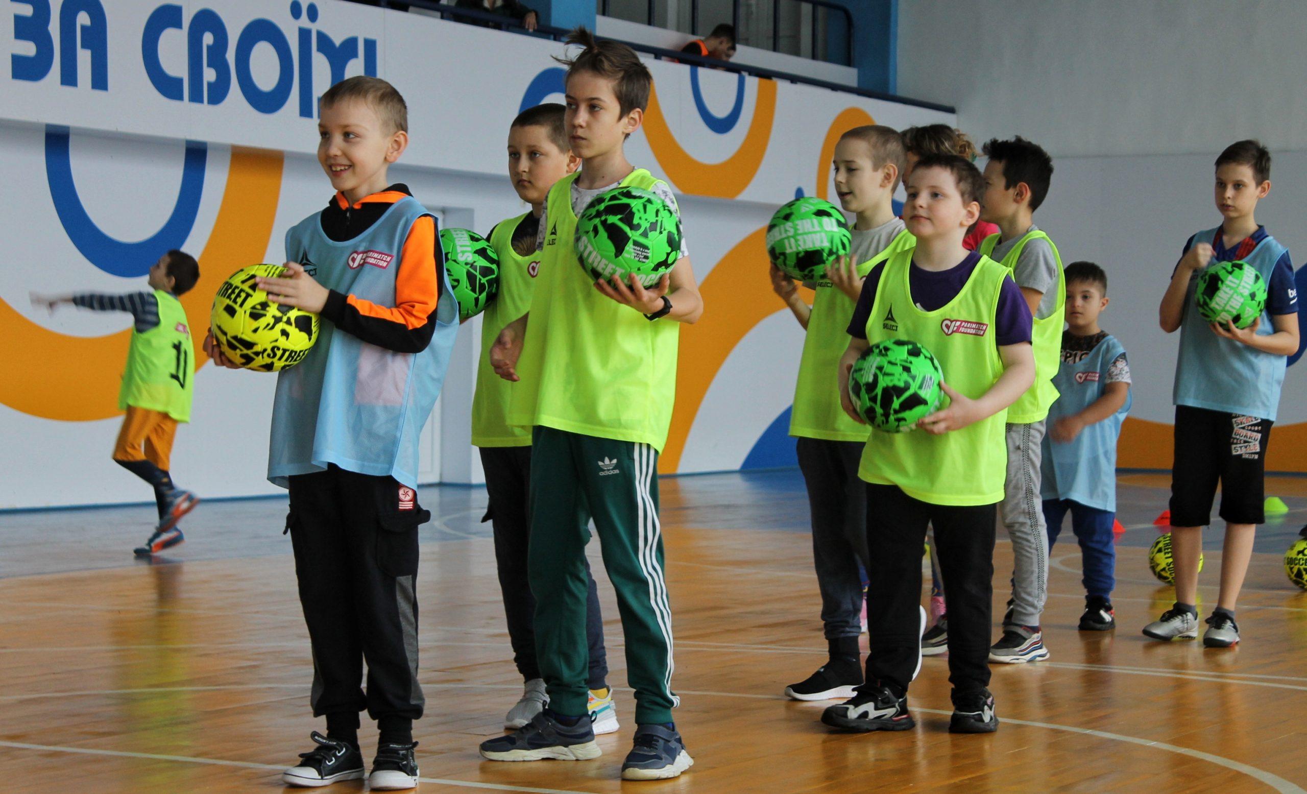 У Черкасах проводять футбольні тренування для дітей з інвалідністю