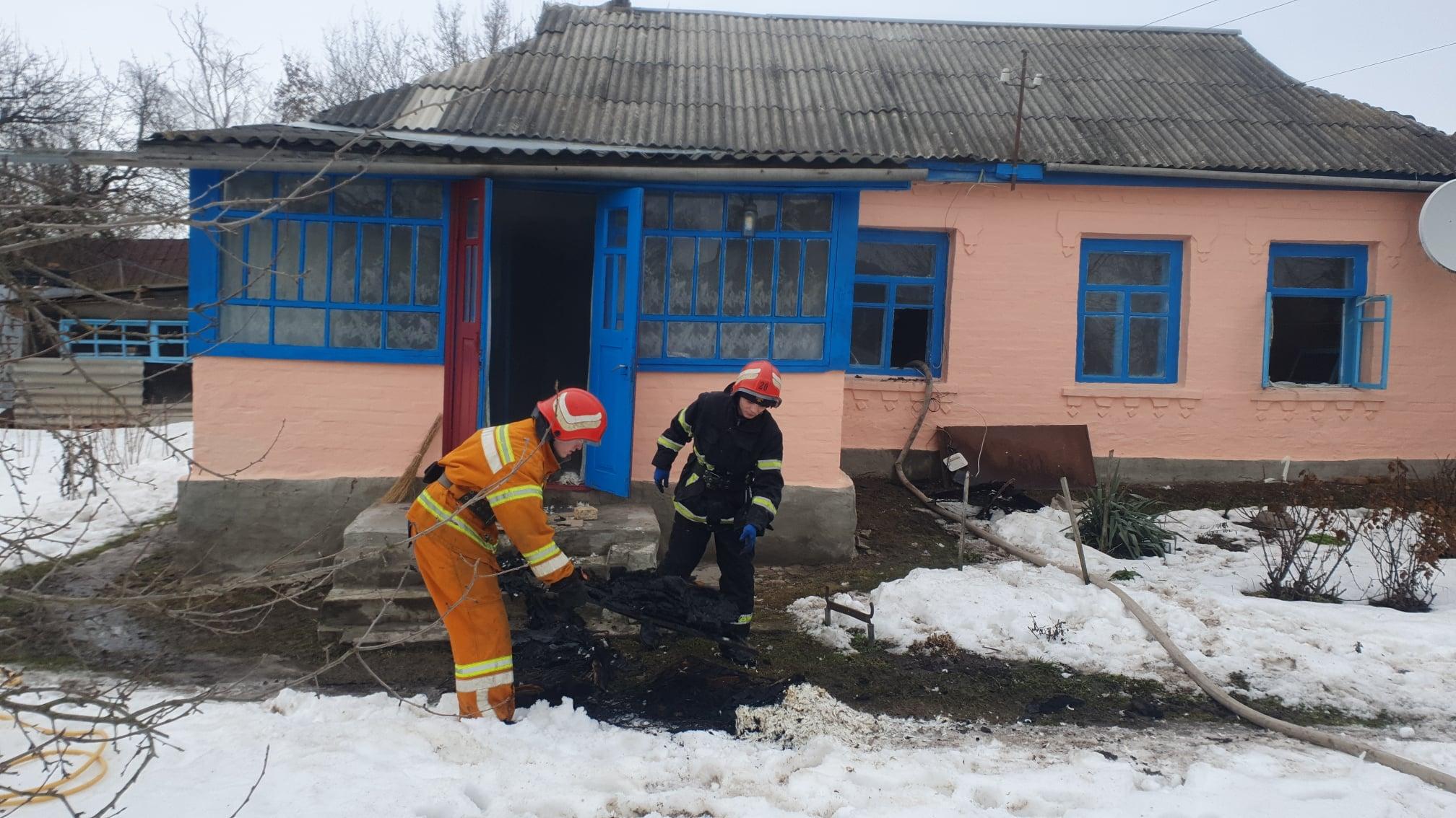 Рятувальники двічі гасили вогонь на Черкащині