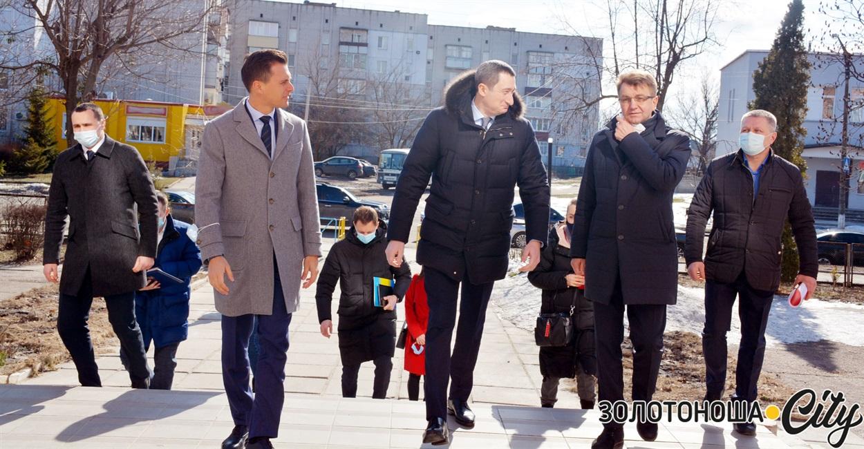 Міністр розвитку громад і територій відвідав Золотоношу й Канів