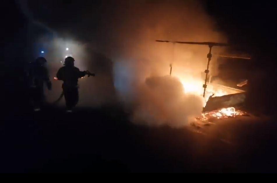 На Черкащині під час руху загорівся автомобіль (ВІДЕО)