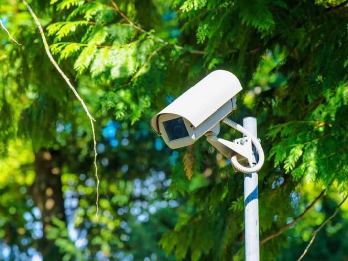 У парку «Сосновий бір» запрацювала система відеоспостереження (ВІДЕО)