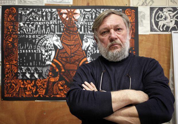 Микола Теліженко презентував персональну виставку витинанок