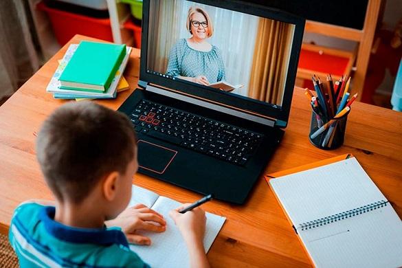 Дистанційне навчання в черкаських школах триватиме до 17 травня