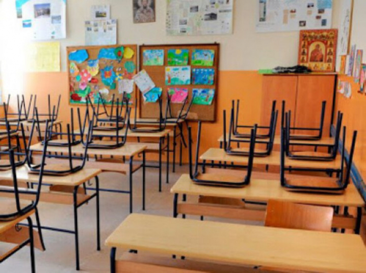 Навчальний рік у школах повинен закінчитись не пізніше 1 липня, − МОН