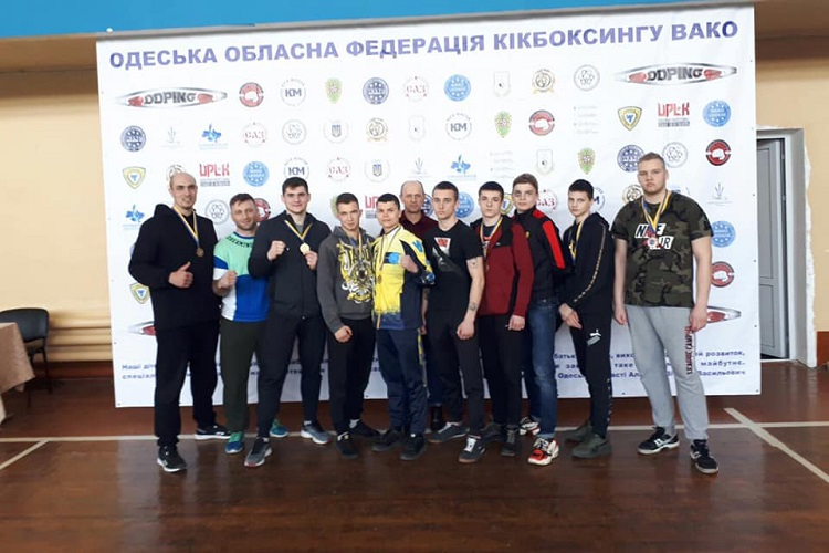 Студент Черкаського національного виборов перемогу на чемпіонаті з кікбоксингу