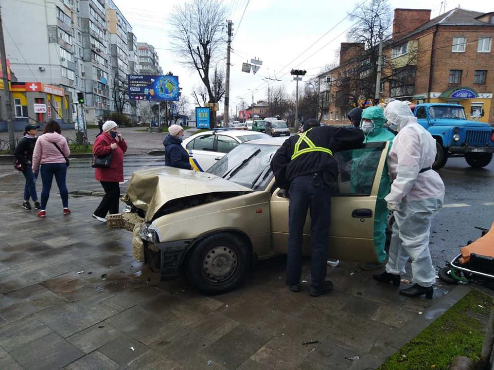 У Черкасах унаслідок ДТП постраждало дві людини