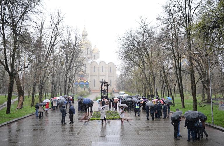 У Черкасах вшанували жертв та ліквідаторів Чорнобильської трагедії