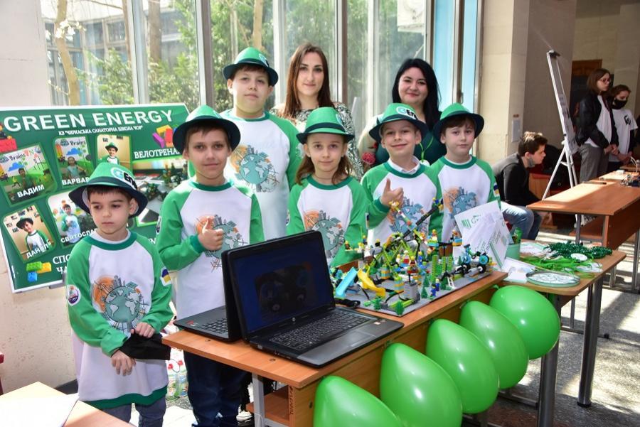 У ЧДТУ відбувся II обласний фестиваль робототехніки «Робофест ЧДТУ-2021»
