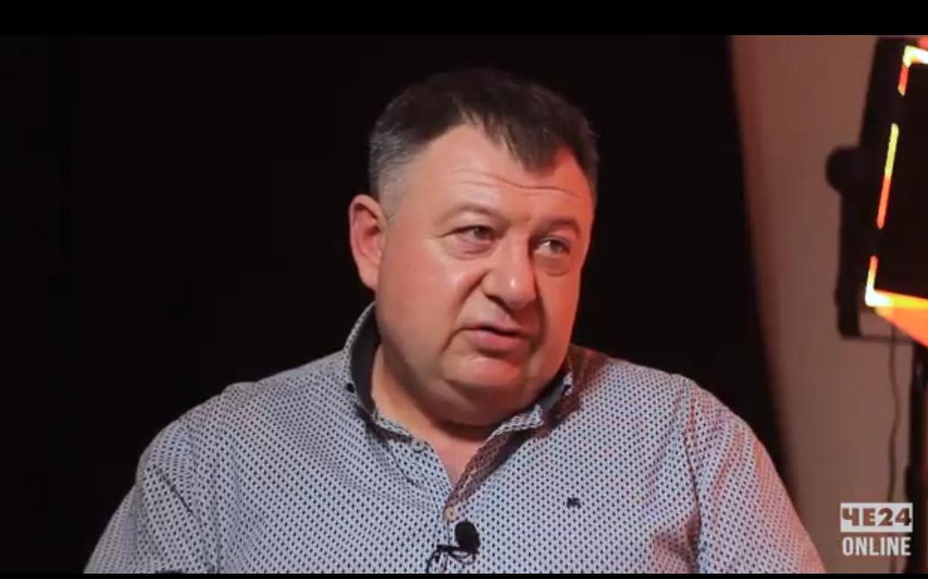 «Було б добре, якби Анатолій Васильович за свої кошти купив асфальтний завод»