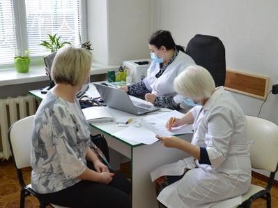 У Черкаській медакадемії 60 працівників щепилися проти COVID