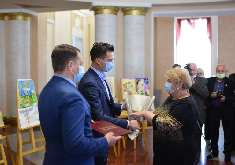У Черкасах нагородили активних учасників чорнобильських організацій