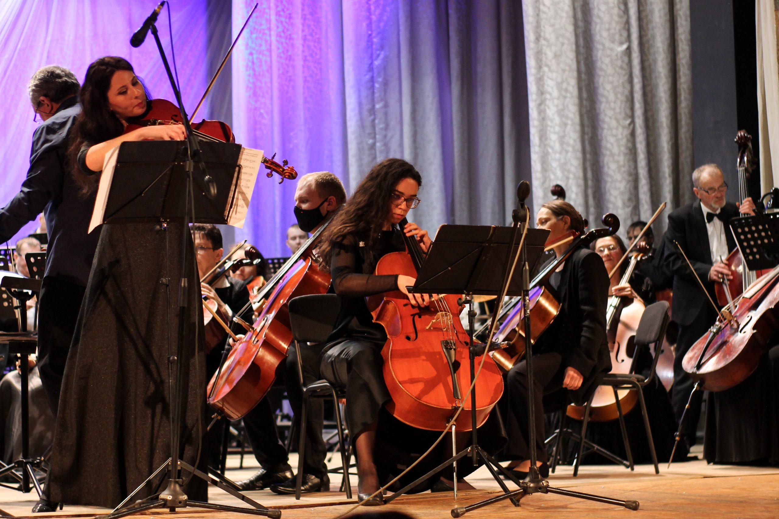 «Від класичної до сучасної музики»: у Черкаській філармоній відбувся концерт (ВІДЕО)