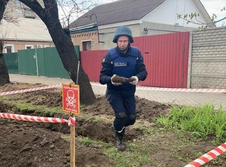 На одній з черкаських вулиць знайшли боєприпас