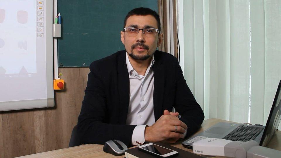 Черкасець увійшов до фіналу конкурсу «Учитель року–2021»