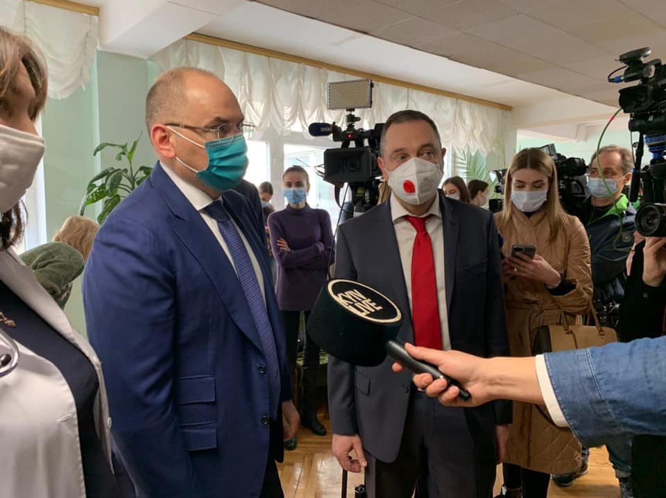 Сергій Куліш одним із перших вакцинувався від коронавірусу