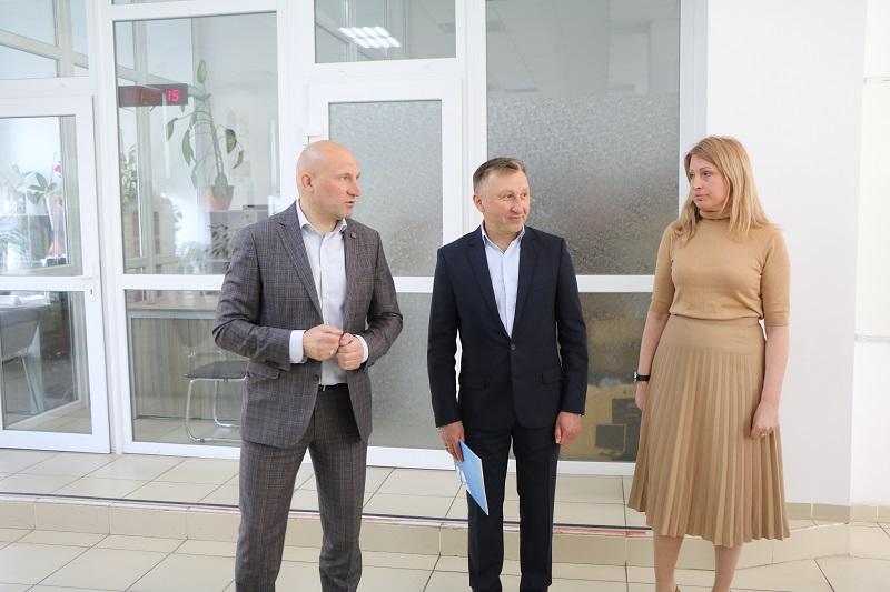 Колективу ЦНАПу представили нового керівника