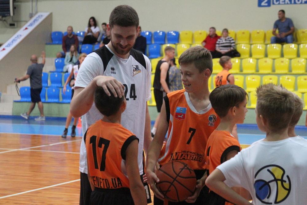 Святослав Михайлюк проведе баскетбольний мінікемп у Черкасах