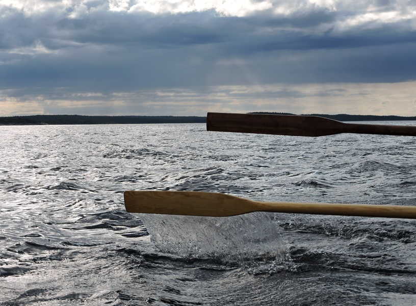 У Черкасах поблизу острова перекинувся човен з людьми (ВІДЕО)