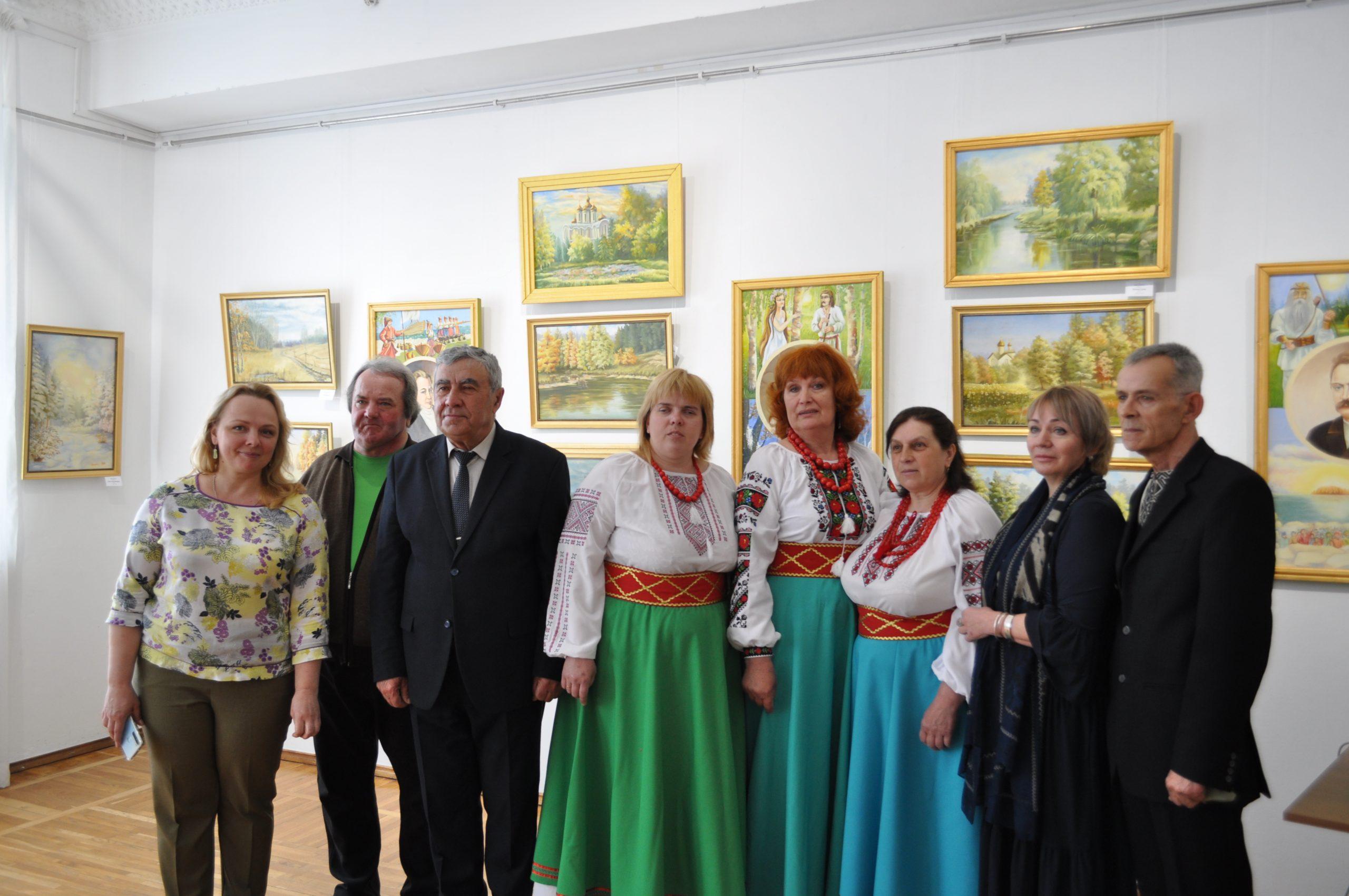 У Черкаському художньому музеї відкрилася виставка митців із Благодатного