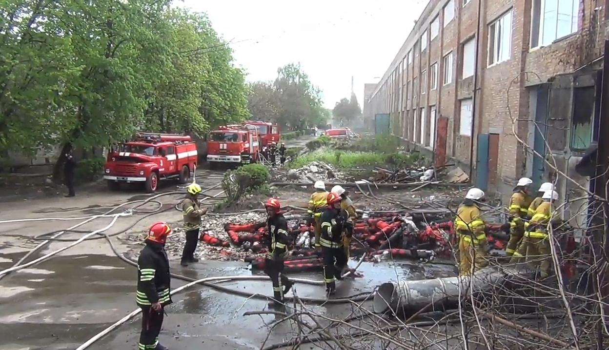 Пожежу на ЧШК ліквідовували 65 осіб (ВІДЕО)