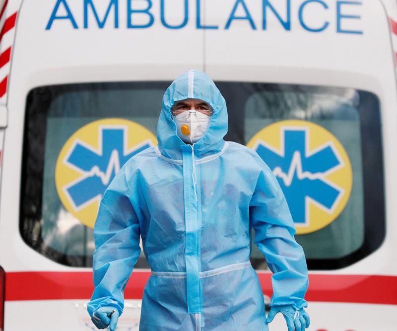 В області застраховані всі медичні працівники, які лікують хворих від COVID-19