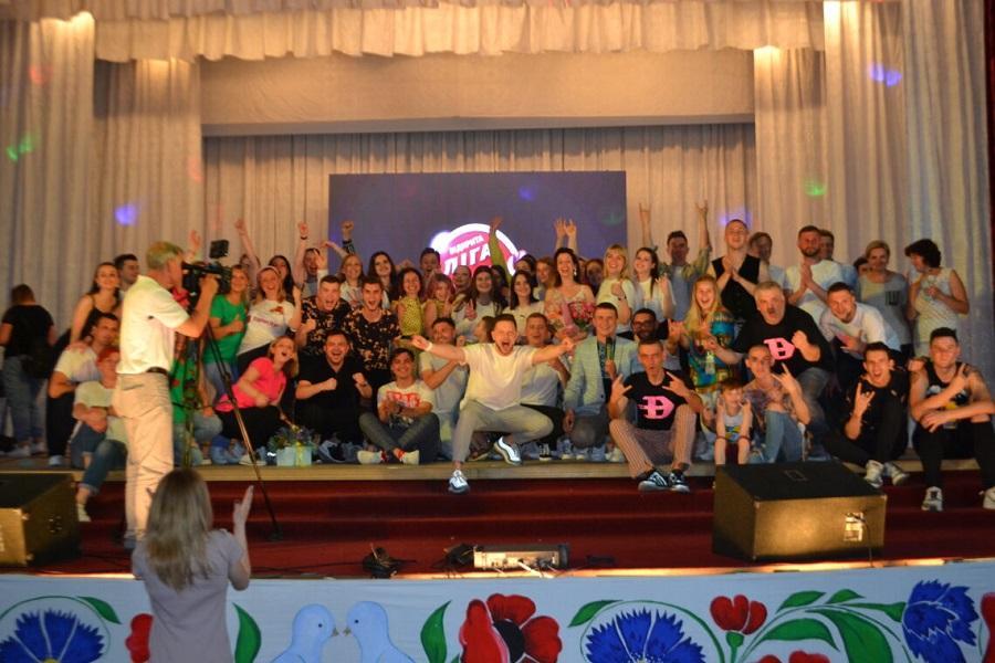 Студенти ЧДТУ взяли участь у фіналі відкритої Ліги сміху