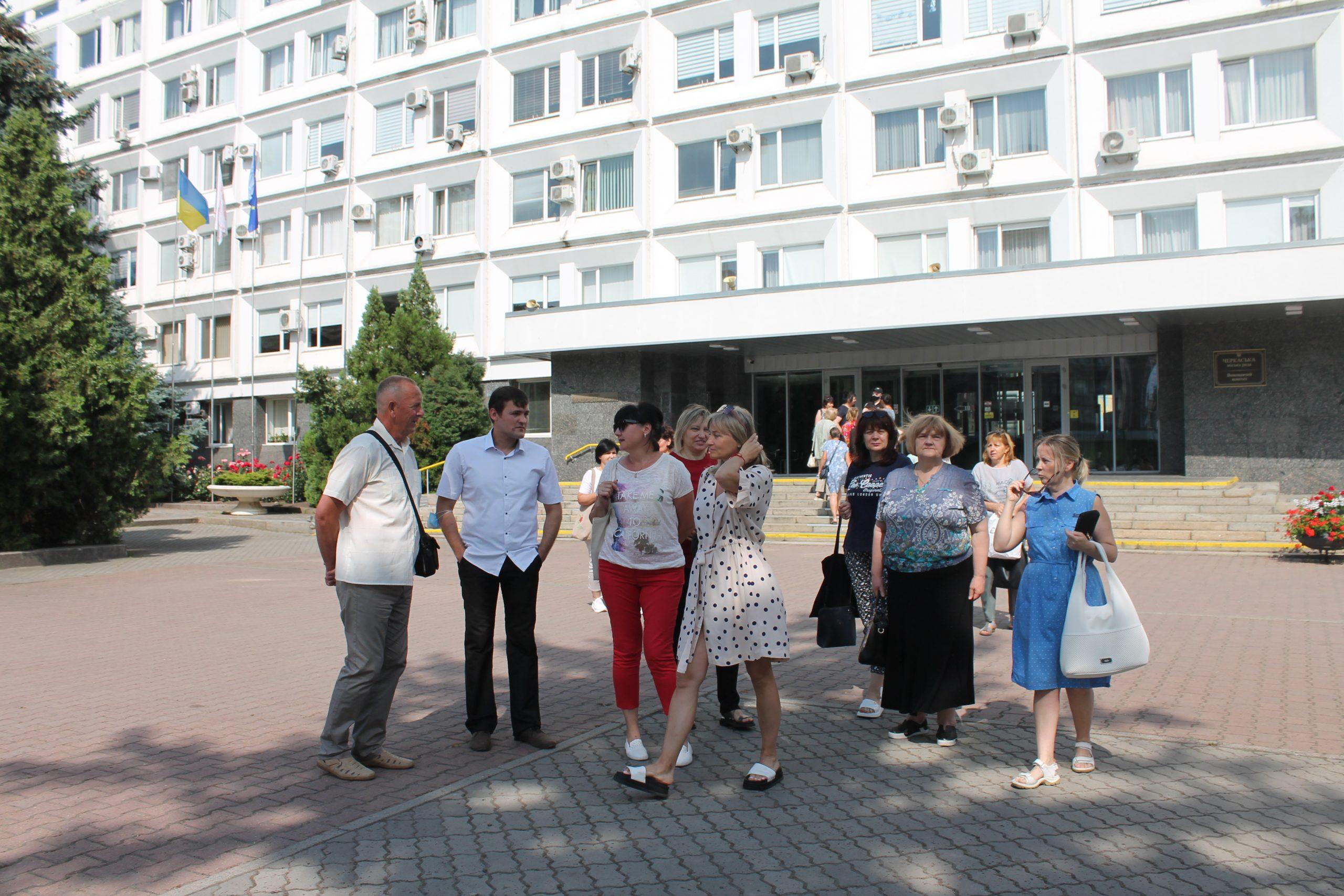 Учителі та батьки проти призначення нового директора гімназії № 31