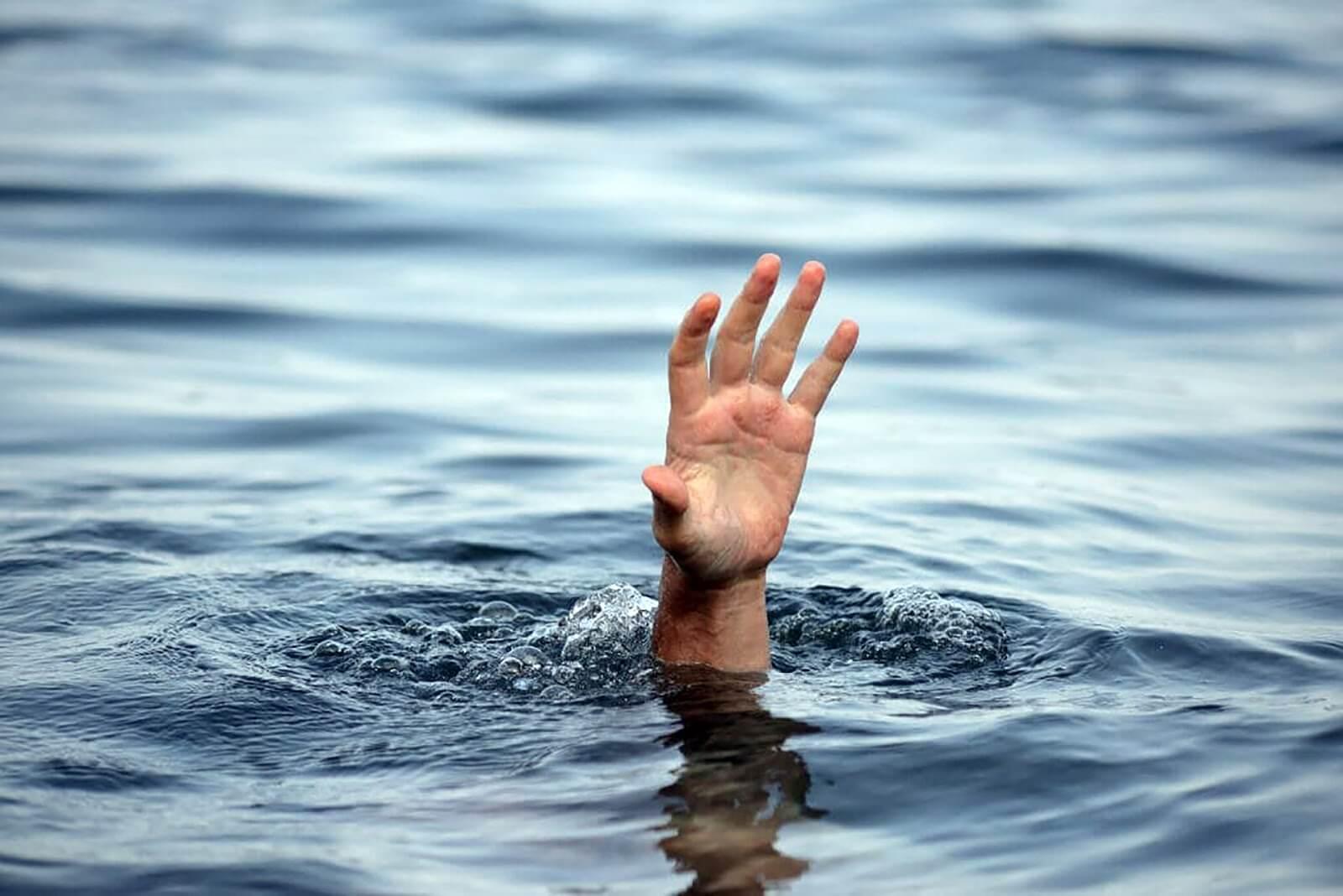У Черкасах поблизу «Бочки» потонув чоловік