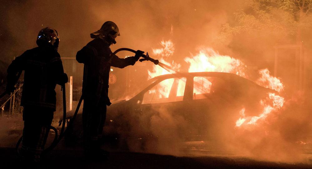 Черкаські рятувальники ліквідували пожежу автомобіля