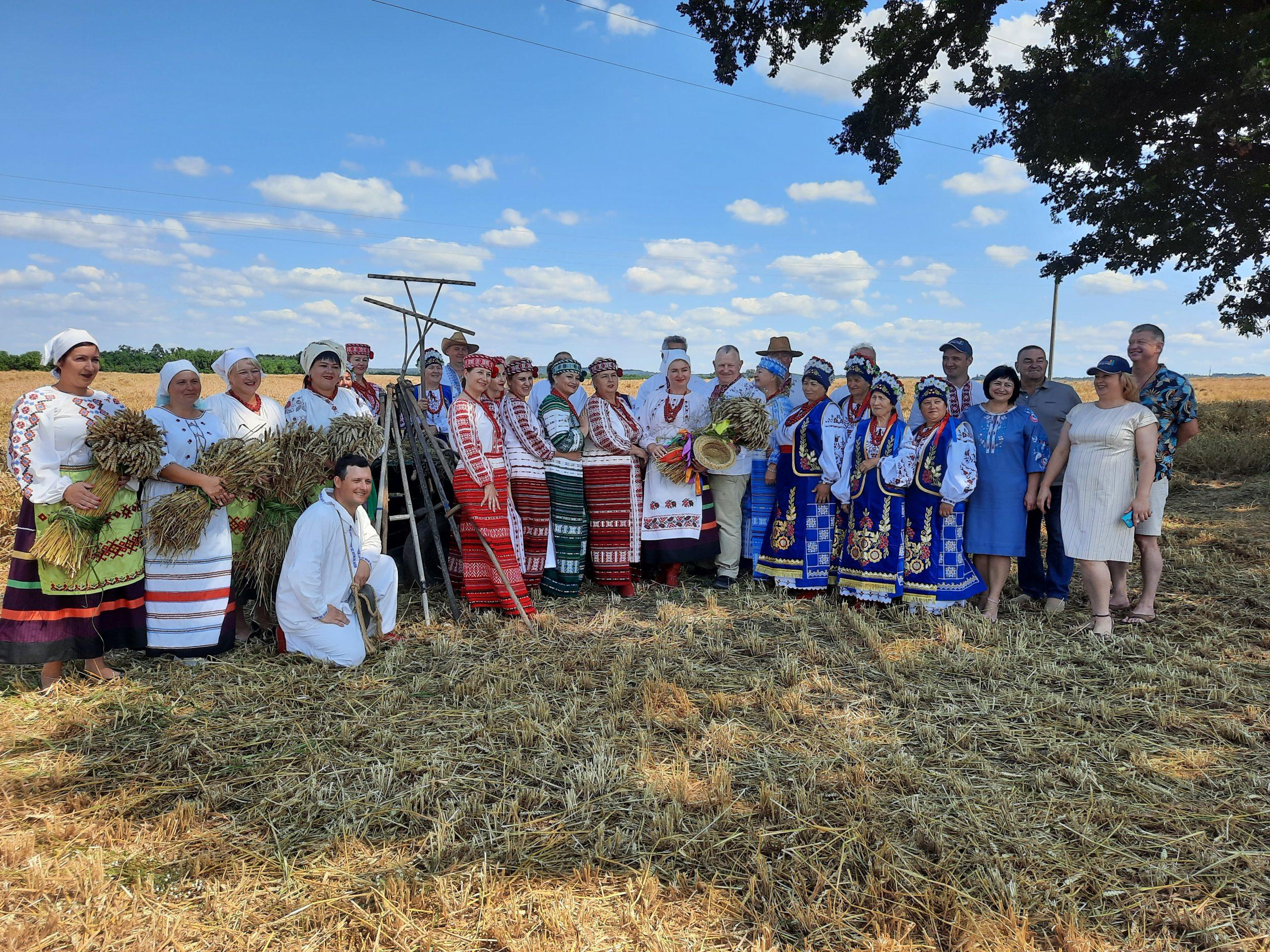 У Квітках, що на Звенигородщині, відсвяткували зажинки (ФОТО)