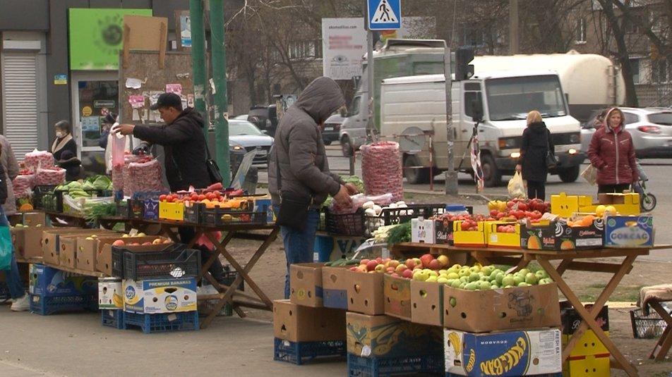 У Черкасах на вулиці Пацаєва організують універсальний ярмарок