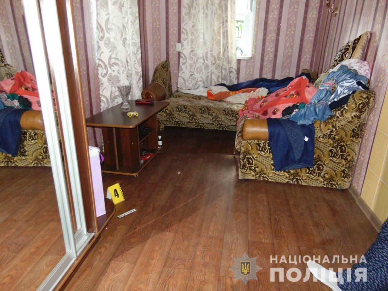 Черкащанин пограбував будинок односельчанки