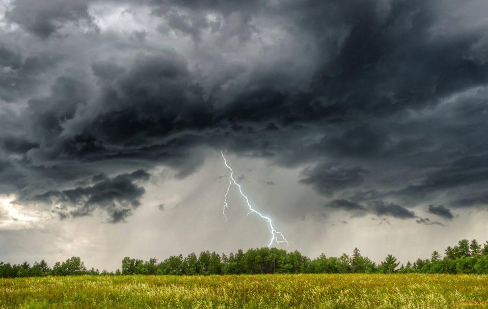 На Черкащині сьогодні прогнозують дощі з градом та грозами