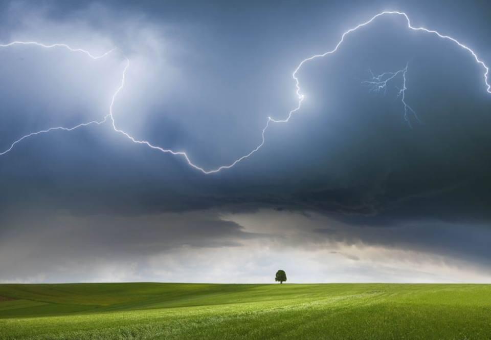 Грозові дощі ще пройдуть цієї ночі, − гідрометцентр