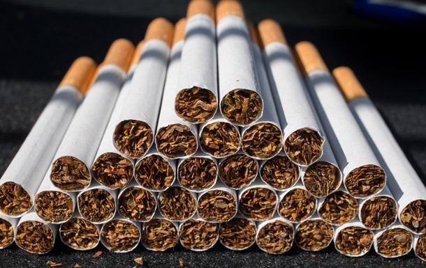За якими цінами здійснюється продаж тютюнових виробів у роздрібній мережі?