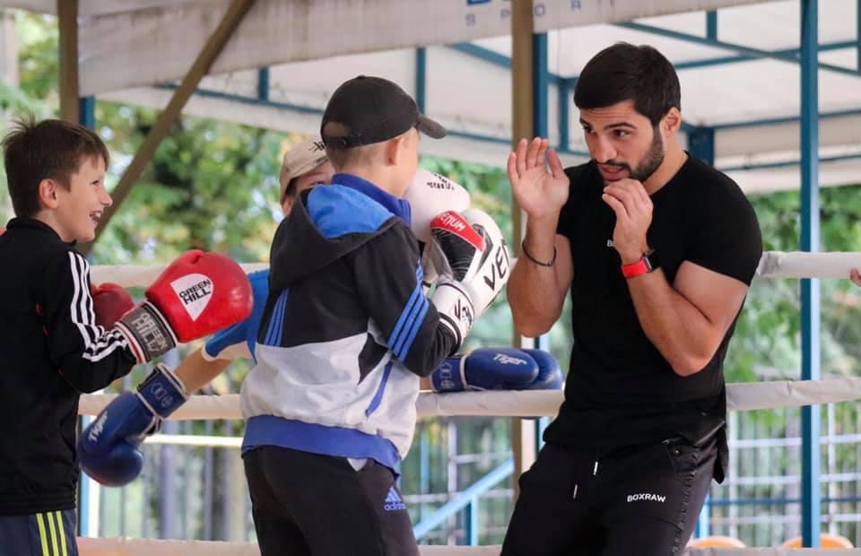 """""""Чемпіони по життю"""" взяли участь у тренуванні з боксу"""