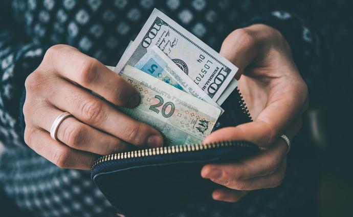 Скільки грошей потрібно черкащанам, аби не відчувати себе бідними? (ІНФОГРАФІКА)