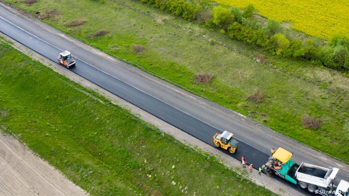 «Дорожня інфраструктура Черкащини з року в рік покращується», – Денис Шмигаль