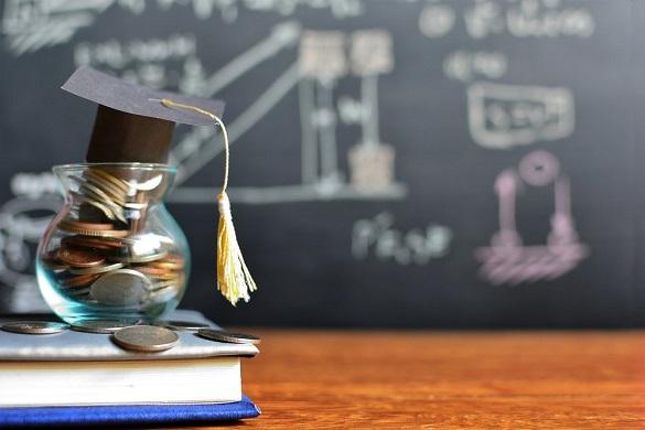 10 черкаських науковців отримуватимуть обласну премію