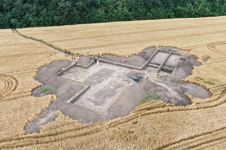 Завершився археологічний сезон у Легедзиному для практикантів-істориків ЧНУ
