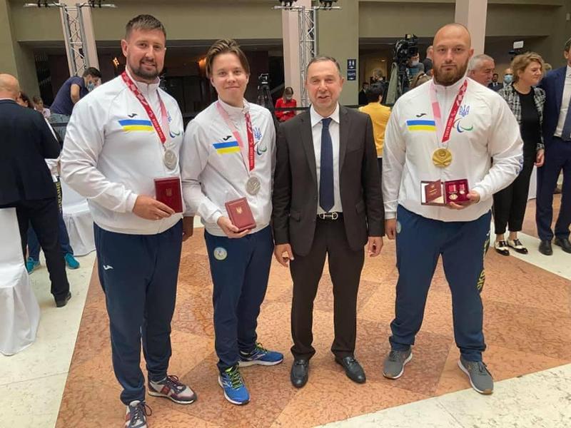 Черкаські паралімпійці отримали нагороди