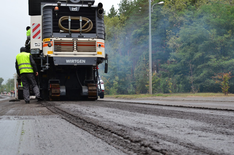 У Черкасах триває ремонт вулиці Канівської