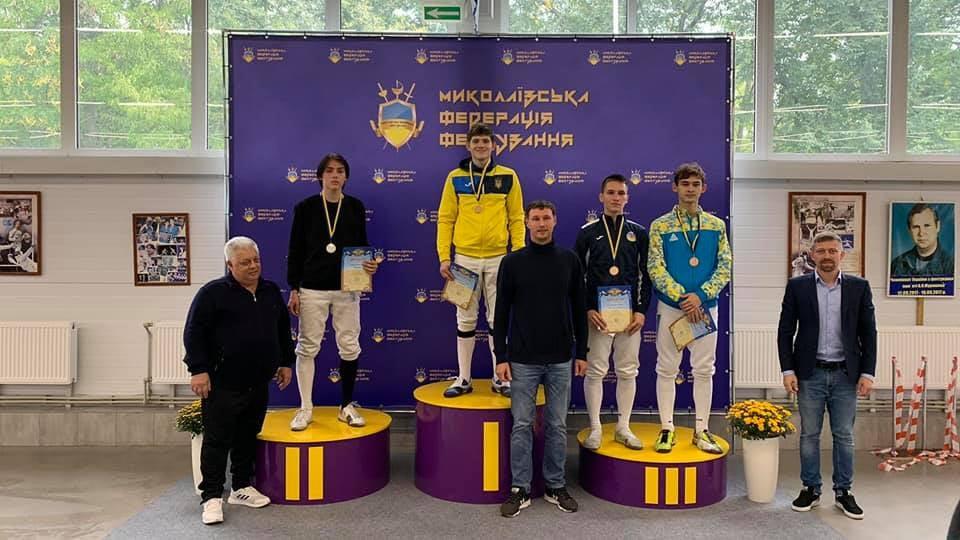 Низку нагород привезли черкаські фехтувальники із чемпіонату України