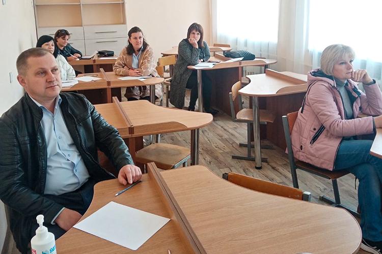 У Звенигородському освітньому центрі ЧНУ готують до складання іспиту на рівень володіння українською мовою