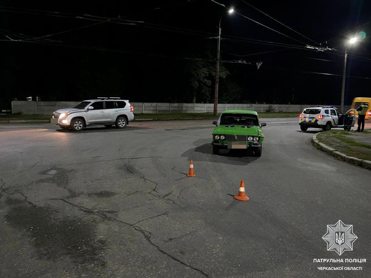 У Черкасах затримали нетверезого водія, який скоїв ДТП