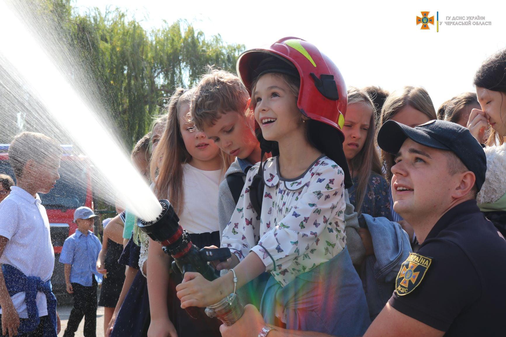 В області реалізовують акцію «День з поліцейським та рятувальником»