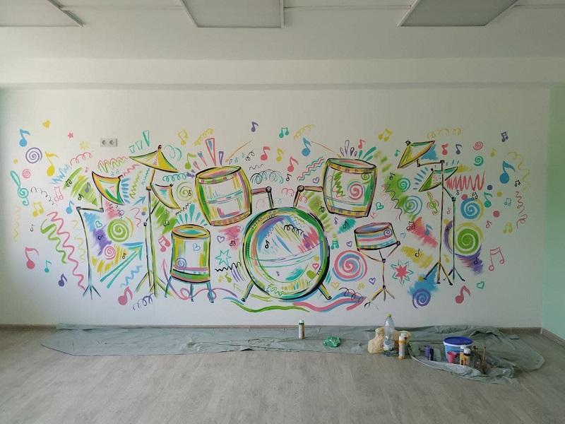 Капітальний ремонт у черкаській школі мистецтв на завершальному етапі