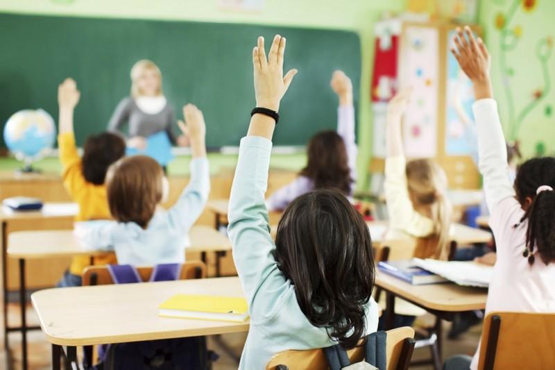 Черкаські школярі із понеділка підуть на канікули